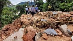 """Bình Định: """"Địa hình miền núi phức tạp, đá lăn xuống sẽ rất nguy hiểm"""""""
