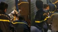 Clip: Cảnh sát giải cứu 5 người mắc kẹt trong cửa hàng ở Sài Gòn