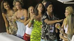 Top 5 huyền thoại bóng đá Brazil lụi tàn vì ăn chơi sa đọa