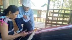 Điện lực Chư Păh: Góp phần vào công tác bảo tồn nghề dệt thổ cẩm truyền thống
