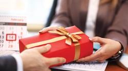 Ban Bí thư nghiêm cấm biếu, tặng quà Tết cho lãnh đạo các cấp dưới mọi hình thức
