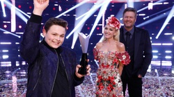 """Blake Shelton hé lộ thông tin The Voice được """"sắp đặt"""""""