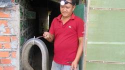 Sóc Trăng: Ông tỷ phú nông dân nuôi nhiều rắn hổ mang to bự nhất miền Tây