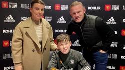 Cậu cả nhà Rooney chính thức ký hợp đồng với M.U