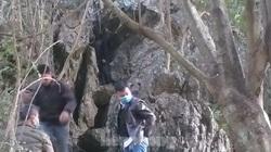 Kinh hãi phát hiện thi thể người trong hốc núi đá ở Lạng Sơn