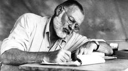 FBI có liên quan đến cái chết của nhà văn Ernest Hemingway?