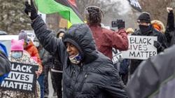 Cảnh sát giết người đàn ông da đen không vũ trang gây ra sự phẫn nộ mới ở Mỹ