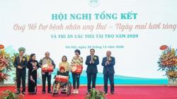 28.000 bệnh nhân ung thư nghèo được hỗ trợ điều trị, tặng quà