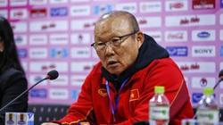 """Tiền đạo ĐT Việt Nam """"tịt  ngòi"""", HLV Park Hang-seo than phiền!"""
