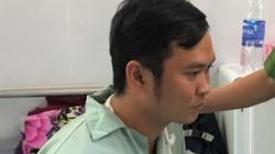 Nóng: Thiếu úy công an bị kẻ ngáo đá chém đứt cơ cánh tay