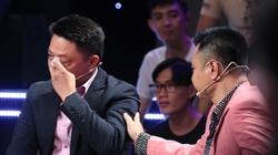 Nhà báo Lại Văn Sâm nghẹn ngào, BTV Trần Quang Minh bật khóc khi nhắc về bố!