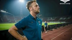 """HLV TP.HCM khen bạn thân Sadio Mane là """"trung vệ hay nhất V.League"""""""