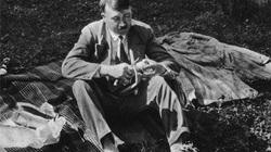 Bí mật sốc về mối tình đầu của trùm phát xít Hitler