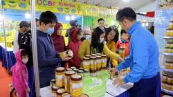 Lần đầu tiên xuất hiện nước mắm sá sùng- nước mắm của loài hải sản đắt như vàng ở Hà Nội