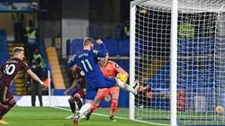 """Chelsea thắng Leeds, nhưng Timo Werner lại """"tấu hài"""" một cách khó tin"""
