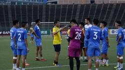 Đội bóng chỉ còn 10 cầu thủ, Than Quảng Ninh đá với... hội CĐV