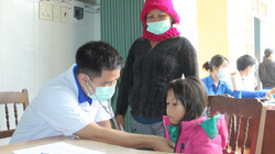 Bình Định: Hàng trăm suất quà đến tay người dân vùng cao An Toàn