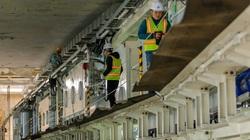 Cận cảnh lắp ráp robot khổng lồ đào hầm đường sắt Nhổn - Ga Hà Nội
