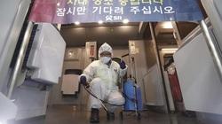 Trung Quốc khử trùng tiền mặt, nộp đơn xin cấp bằng sáng chế thuốc điều trị virus Corona