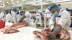 """Giá lợn vẫn tăng """"phi mã"""", người dân tìm tới thịt nhập khẩu"""