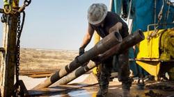 Dầu WTI giao tháng 6 lao dốc, thị trường lo sợ kịch bản giá dầu -100 USD