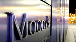 """""""Ngấm đòn"""" Covid-19, 2 ngân hàng Việt và 3 công ty tài chính bị Moody's xem xét hạ tín nhiệm"""
