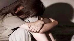 Bé gái 11 tuổi bị mẹ đưa sang Thái Lan bán cho động mại dâm