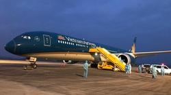Sân bay Vân Đồn đón 341 công dân Việt Nam trở về từ vùng dịch lớn nhất thế giới
