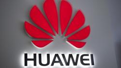 Tổng thống Donald Trump gia hạn lệnh cấm đối với Huawei thêm 1 năm