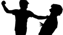 Cà Mau: Chặn đường cướp xe do mâu thuẫn tiền bạc