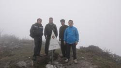 Băng rừng chinh phục đỉnh Lùng Cúng cao hơn 2.900m