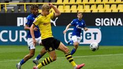 """Xé lưới Schalke, """"siêu Haaland"""" chinh phục cột mốc khủng"""
