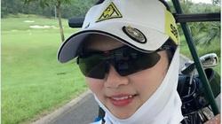 """Hoa khôi bóng chuyền Kim Huệ: """"Hết duyên thì xóa số của nhau"""""""