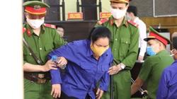 Xét xử vụ gian lận thi cử ở Sơn La: Công an dìu Hoàng Thị Thành vào tòa