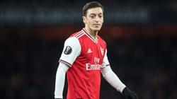 NÓNG: Arsenal chi 23 triệu bảng cho người thay thế Mesut Ozil
