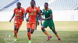 Malaysia nhập tịch trung vệ gốc châu Phi, cao 1m88