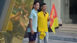 Đông đảo CĐV Nam Định diễu hành trước trận gặp HAGL