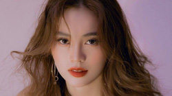 """Ninh Dương Lan Ngọc tiết lộ bí kíp """"hack tuổi"""" với mái tóc uốn bồng bềnh"""