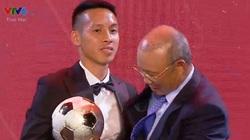 Chủ nhân Quả bóng vàng Việt Nam 2019: Đỗ Hùng Dũng vượt qua Quang Hải