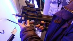 Khám phá tiểu liên FN P90 của lực lượng đặc biệt