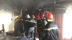 TP.HCM: Giải cứu 7 người trong căn nhà bốc cháy