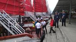 Du khách còn phải chờ đến 15/5 mới được miễn phí tham quan vịnh Hạ Long