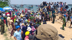 Chìm ghe 5 người chết và mất tích: Hàng nghìn người thương xót bên sông Thu Bồn