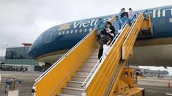 Việt Nam tiếp nhận gần 300 công dân từ Canada hồi hương