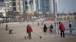 Giới nghiên cứu tiết lộ khả năng virus corona lây truyền ở bãi biển, bể bơi