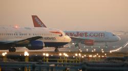 Ba hãng hàng không kiện Chính phủ Anh vì quy định cách ly