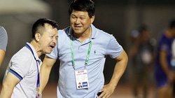 """HLV """"kỳ dị"""" nhất V.League và bí quyết đưa Sài Gòn FC lên đỉnh"""