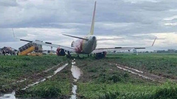 Máy bay trượt khỏi đường băng: Hàng trăm chuyến bay phải điều chỉnh giờ