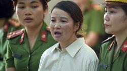 Mẹ nữ sinh giao gà ở Điện Biên hầu tòa để kêu oan