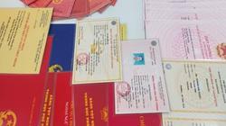 Bắt khẩn cấp 3 đối tượng làm giả giấy tờ, chiếm đoạt tiền tỷ